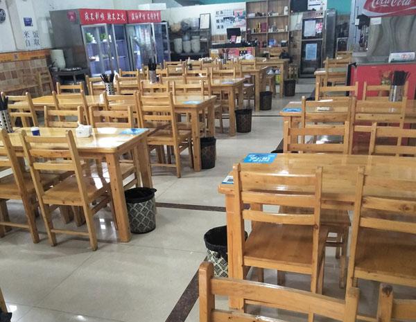 二手快餐店桌椅回收