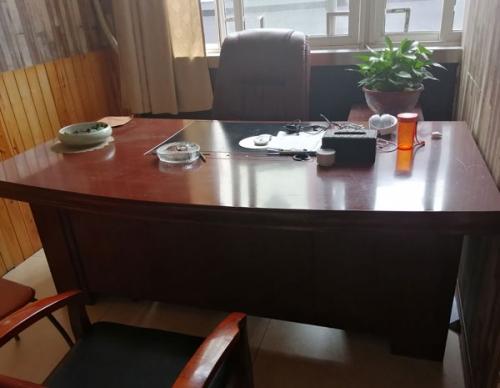 办公老板桌回收